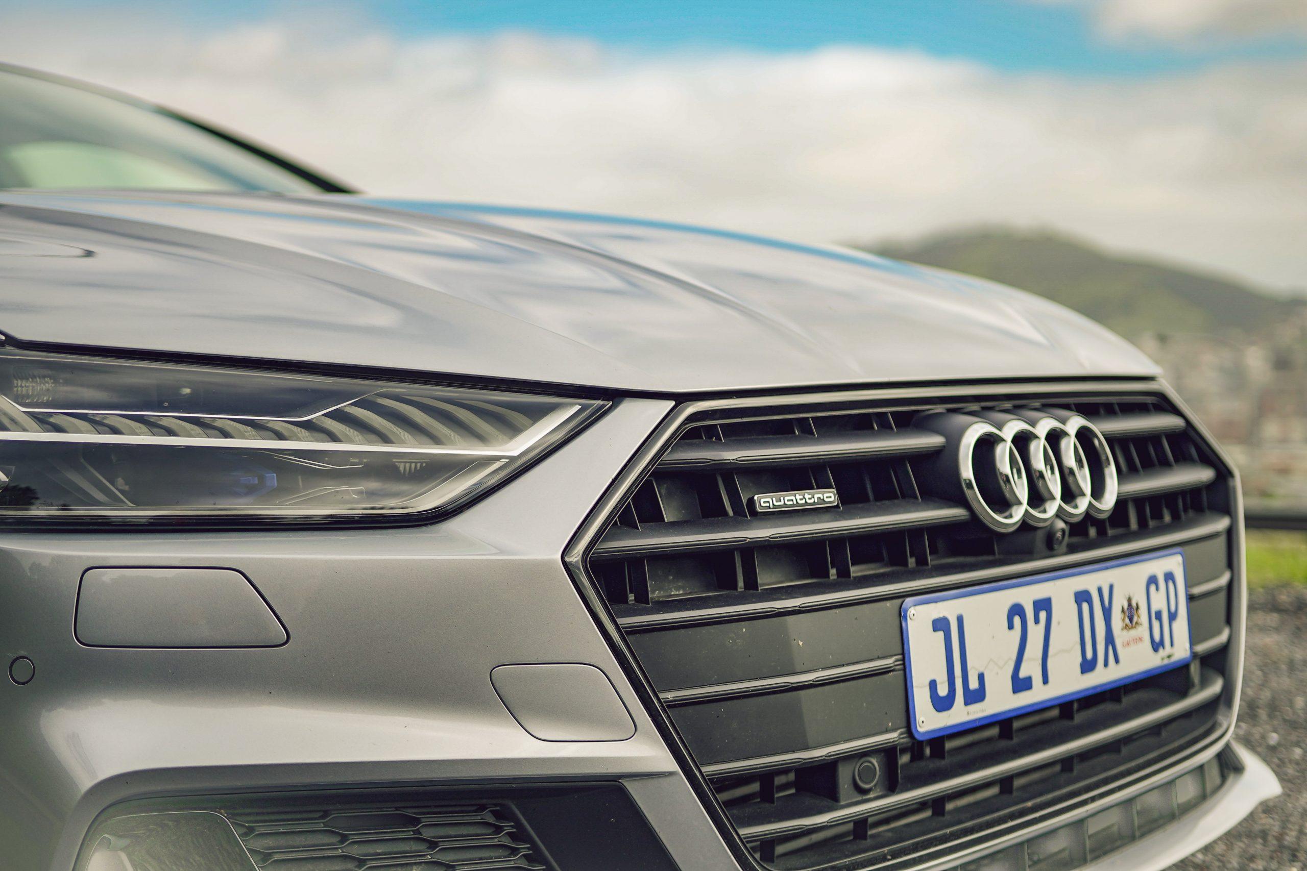 Audi A7 55 TFSI grille